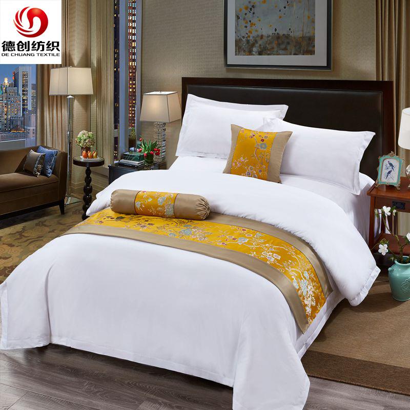 DECHUANG Thị trường đồ bộ Khăn trải giường khách sạn năm sao bốn mảnh cotton trắng satin chăn mền tr