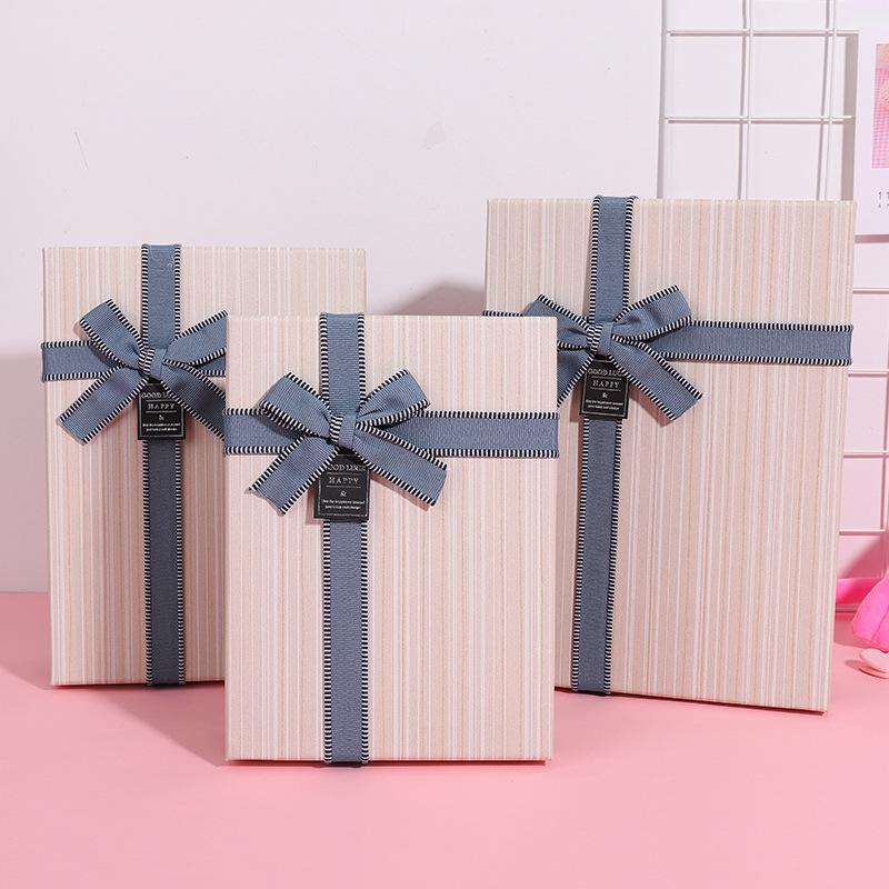 BAOBAOBAO Hộp giấy bao bì Kinh doanh thời trang cổ điển ba bộ hộp quà tặng chéo cung sọc dọc hộp quà