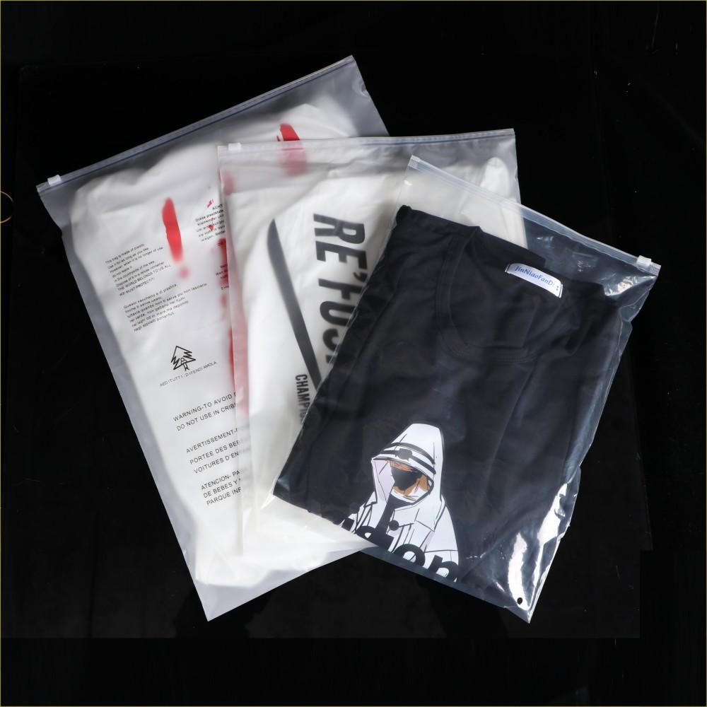 Túi PE Quần áo bao bì túi tùy chỉnh logo mờ trong suốt PE nhựa quần áo túi dây kéo tùy chỉnh quần áo