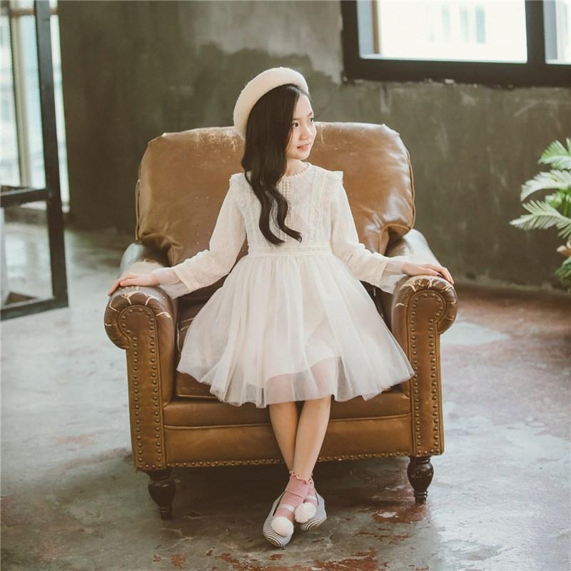 Đầm váy trẻ em Váy mới thao thức dài cho trẻ em ở trang trắng vào mùa xuân và mùa thu tại 99