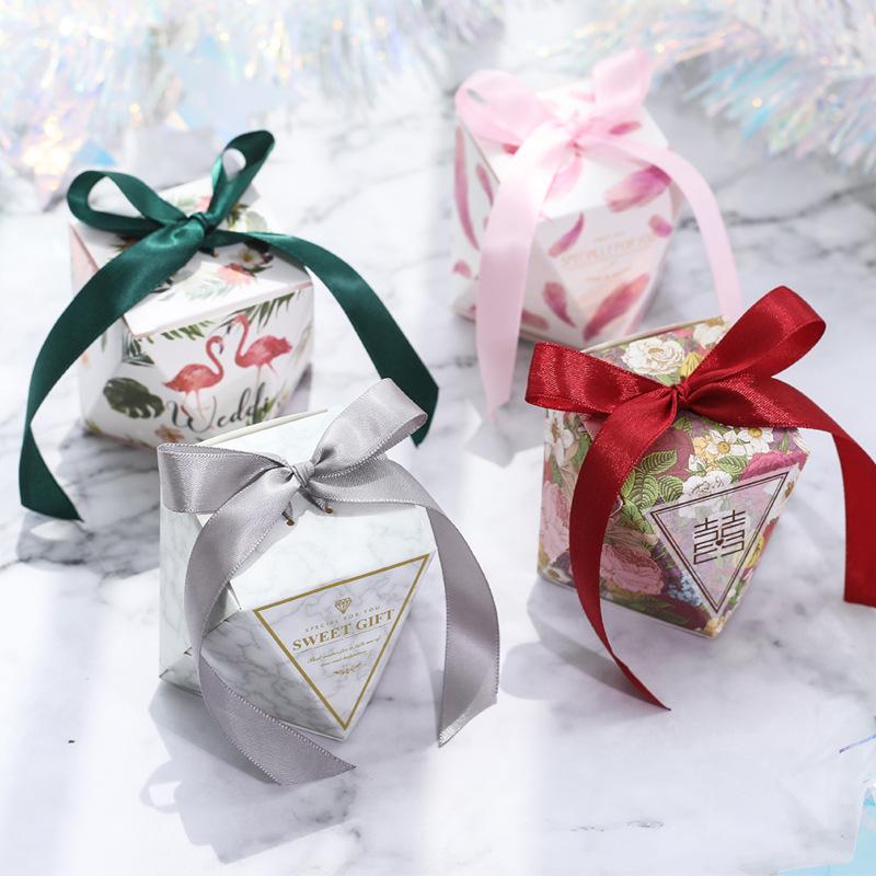 YONGDUO hộp quà tiệc cưới Hộp kẹo kim cương Masonry đa dạng tùy chọn sáng tạo châu Âu cá tính thẻ mà
