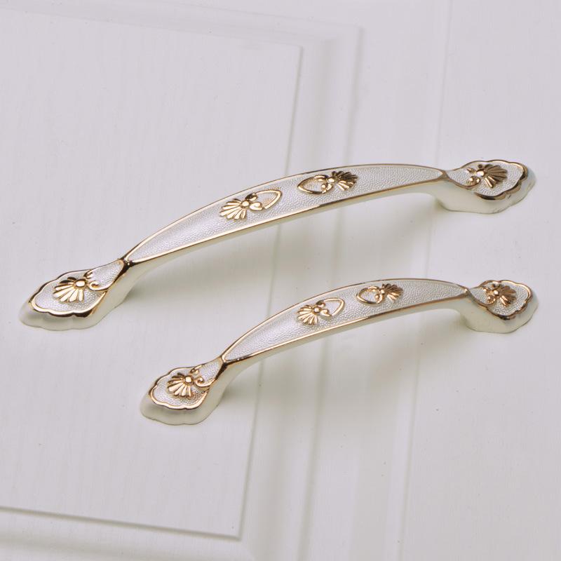 AIQIMAN Thị trường ngũ kim Vàng cộng với bạc phần cứng xử lý Châu Âu chạm khắc tủ quần áo cánh cửa t
