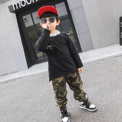 Quần trẻ em 2019 quần áo trẻ em mùa thu mới bé trai ngụy trang gió che chắn quần áo trẻ em nhỏ thủy