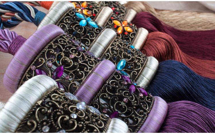 sợi tua ợi tua Tấm màn treo cổ kiểu châu Âu, thắt dây nơ được chạm hậu, vòng thừng, vòng cổ, điểm sỉ