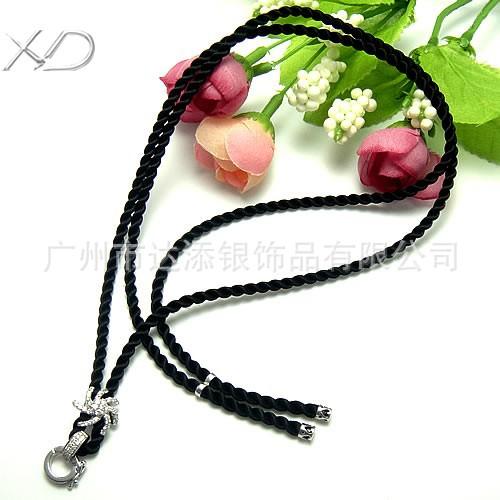 dây đeo XD sẽ thuận lợi với sợi dây chuyền màu đen ngọc trâm ngọc ngọc sợi dây thừng 925 bạc ngàn tr