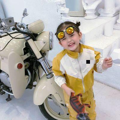 Áo khoác trẻ em  Phiên bản Hàn Quốc của quần áo trẻ em 2019 INS mới với cùng một đoạn của đại dương