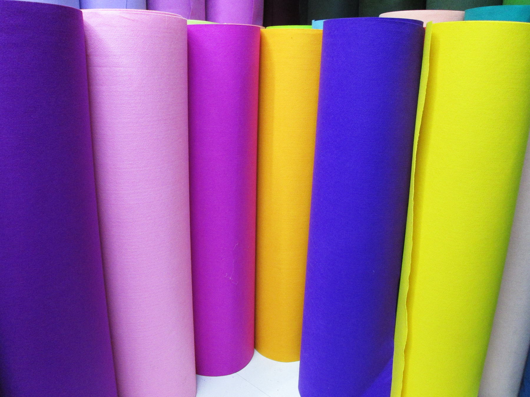 Vải không dệt Nhà máy trực tiếp tiêu chuẩn Châu Âu bảo vệ môi trường màu vải không dệt 1.2MMdiy vải