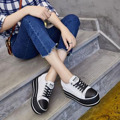 Giày Sneaker / Giày trượt ván Nhà sản xuất mới bán buôn giày thường mùa thu 2018 tăng 9CM bánh da bò