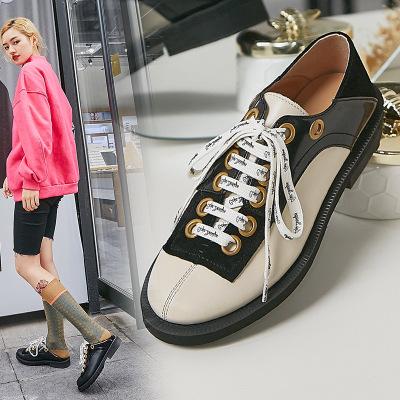 Giày nữ hàng Hot Màu đỏ lưới với màu sắc phù hợp với đôi giày đơn nữ nữ phong cách da mới của Anh vớ