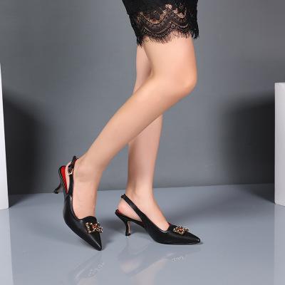 Giày nữ hàng Hot Nhà máy trực tiếp Châu Âu và Hoa Kỳ chỉ khóa một điểm với đôi dép nữ màu da rắn màu