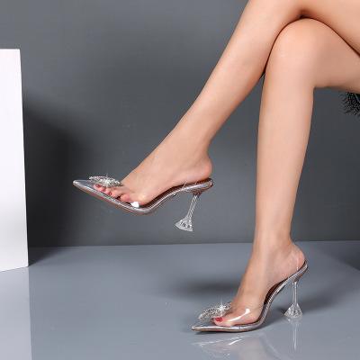 Giày nữ hàng Hot Nhà máy sản xuất kim cương trực tiếp Châu Âu và Hoa Kỳ mũi nhọn Dép nữ màu da rắn c
