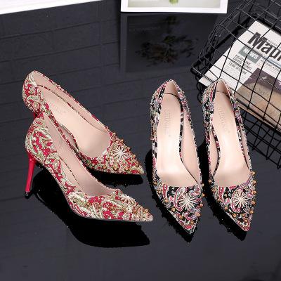 giày cô dâu 1453-3 2019 mùa thu mới giày cao gót nữ đẹp với giày cưới mũi nhọn Giày cô dâu rhineston
