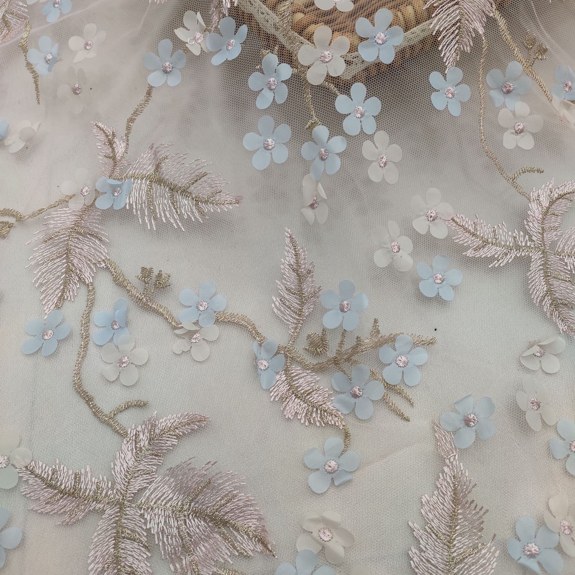 HUIZHIXIU Vải thêu ba chiều Laser 3D satin sợi hoa nhỏ Sợi polyester nhuộm lưới ánh sáng Vải ren thờ