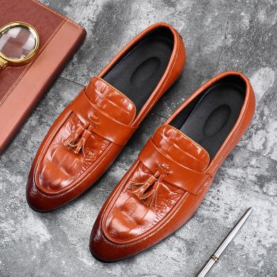 Giày mọi đế thấp Giày nam Ôn Châu cỡ lớn nam cá sấu hoa văn làm bằng tay đậu Hà Lan Giày thông thườn