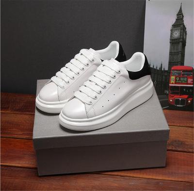 Giày GuangDong 2019 mới dày đáy tăng McQueen giày trắng nhỏ giản dị màu rắn lưới đỏ đôi giày thể th