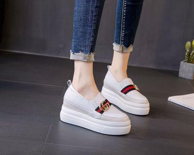 Giày tăng chiều cao Giày da nữ tăng 41 42 lò xo dày đáy khóa nguồn nguồn kho báu giày cỡ nhỏ 32 33 3