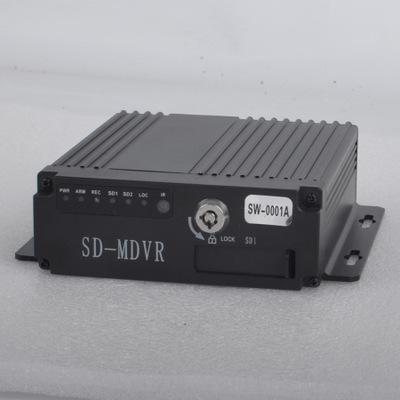 Đầu ghi hình camera  HD AHD bốn chiều thẻ SD xe ghi video giám sát an ninh xe tải ghi đĩa cứng ghi â