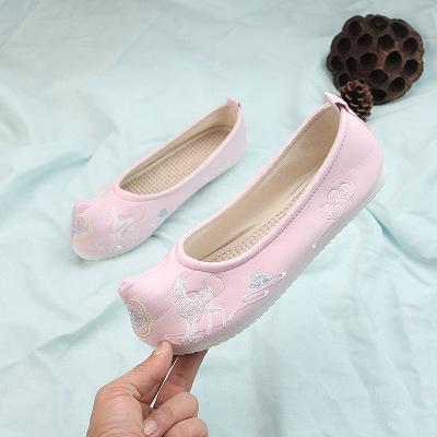 giày cô dâu Một thế hệ chất béo bông giày cưới thêu màu đỏ retro lớn màu đỏ giày đáy nhà máy trực ti