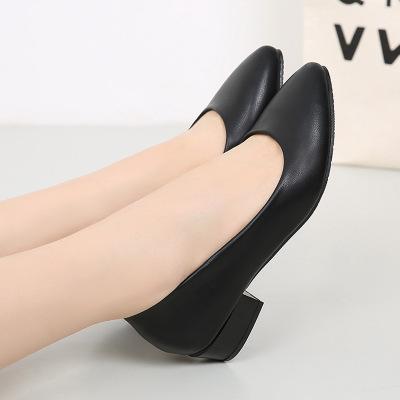 Giày da một lớp Giày công sở nữ màu đen 2019 đế phẳng mới có đế mềm chống trơn trượt Giày công sở cỡ