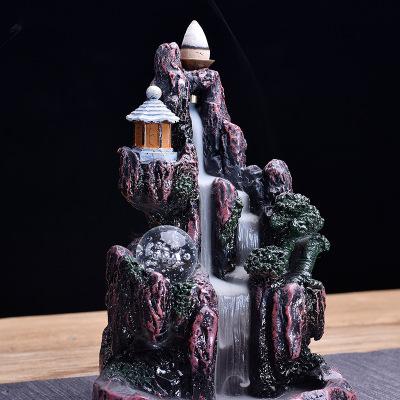 Tượng Xông Trầm hương hình thác nước sáng tạo .