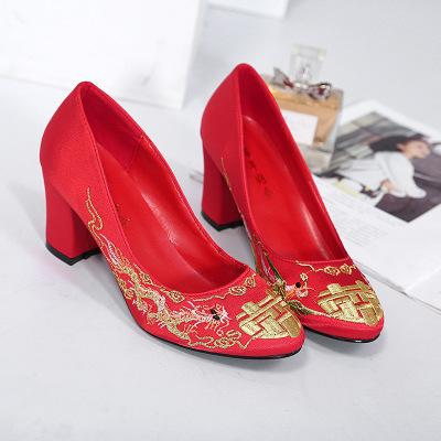 giày cô dâu 2A28-3 giày cưới truyền thống Trung Quốc mới thêu giày cao gót cô dâu giày phù dâu dày v