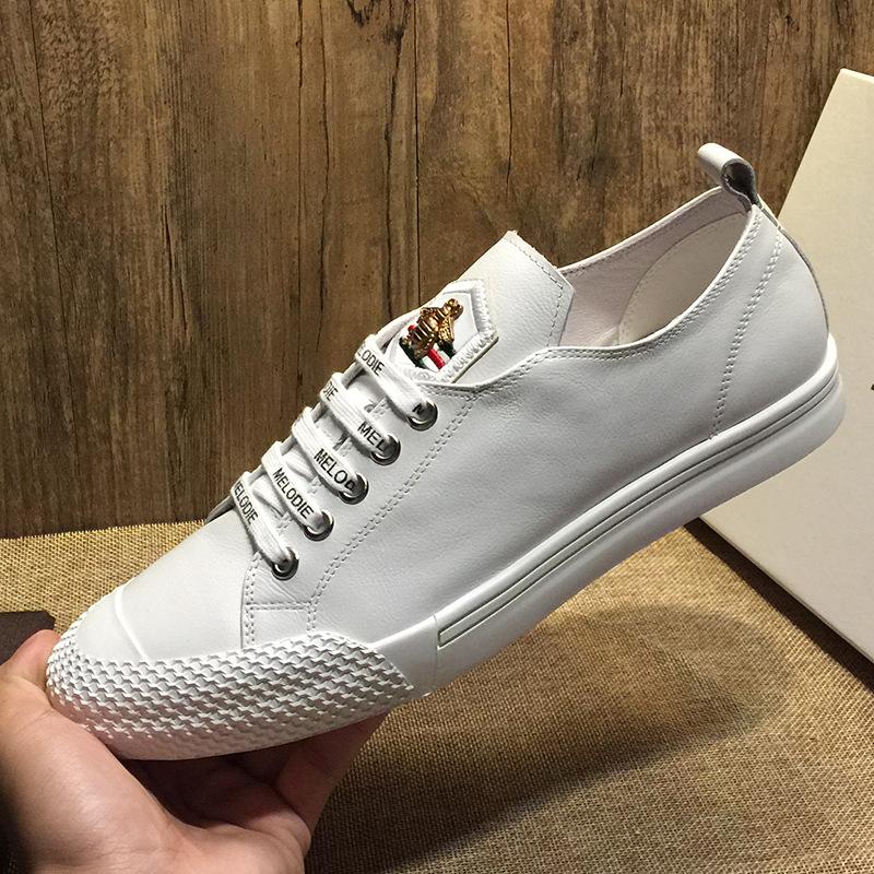 JOEMUSWOLF Giày lười / giày mọi đế cao Giày da châu Âu màu trắng giày nam bình thường Hàn Quốc 2019