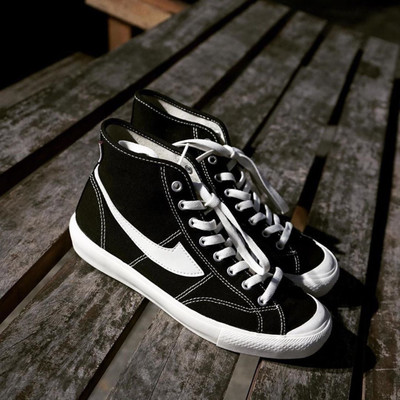 Giày Sneaker / Giày trượt ván Mùa thu và mùa đông Giày mới lưu hóa nữ sinh viên phiên bản Hàn Quốc c
