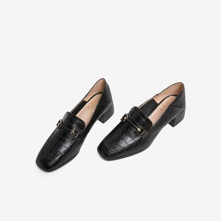 tata Giày Loafer / giày lười Tata / he quầy mùa thu 2019 của cô ấy với cùng một đôi giày da bò vuông