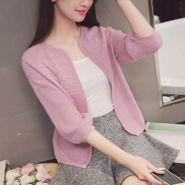 áo khoác Áo len 7 điểm tay nhỏ của phụ nữ mùa xuân phiên bản mới của Hàn Quốc lỏng lẻo màu mỏng áo k
