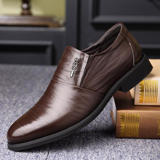 Giầy dép Túi tóc giúp mùa thu và mùa đông giày nam mới giản dị Giày da nam hàng đầu, giày nam đế mềm