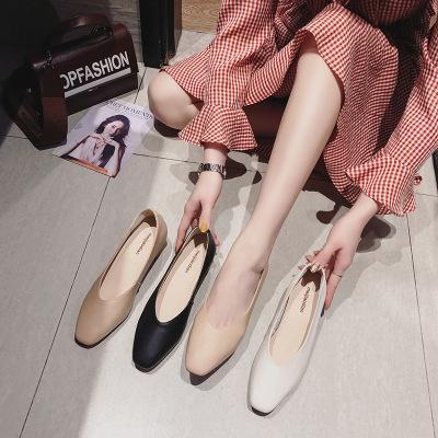 Giày da một lớp  Lumani 2019 dày với giày đơn nữ Mới màu đỏ đơn giản không mệt mỏi chân công sở chuy