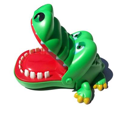 Màu đôi Đồ chơi khăm Cá sấu lớn cắn ngón tay đồ chơi Cá mập vẽ trò chơi Cắn tay cá sấu cha mẹ trẻ em
