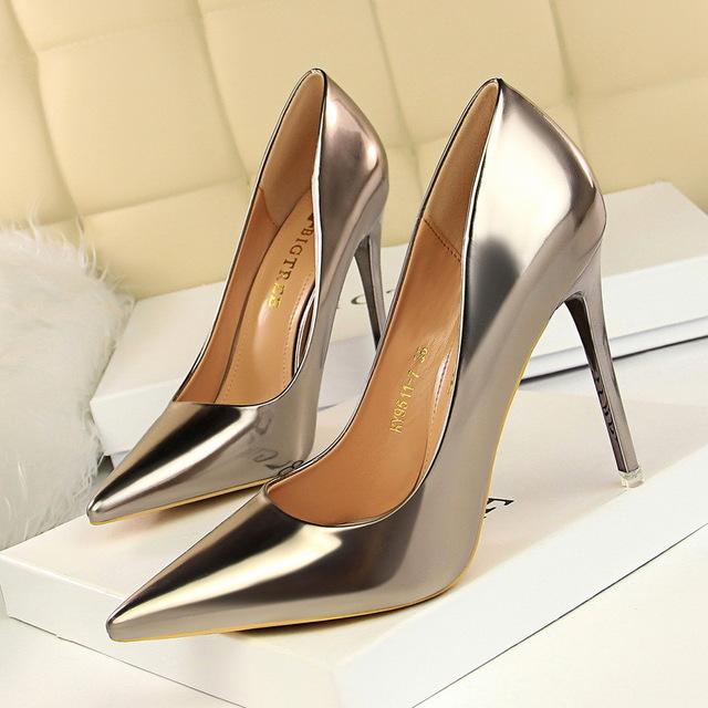 BIGTREE Giày FuJian 9511-7 Kim loại thời trang phong cách châu Âu và Mỹ với giày cao gót nữ cao gót