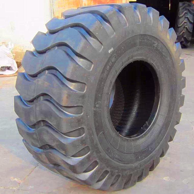 Cao su(lốp xe tải) Cung cấp 50 xe nâng tải lốp xiên kỹ thuật 23,5-25