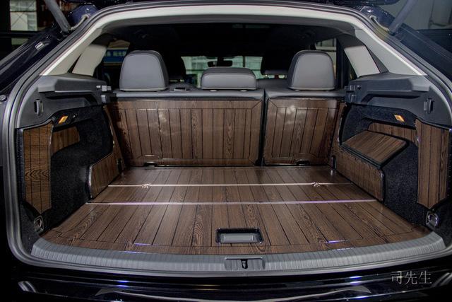 Thảm Đệm lót bảo vệ phía sau chỗ lưu trữ của xe hơi bằng gỗ cao cấp