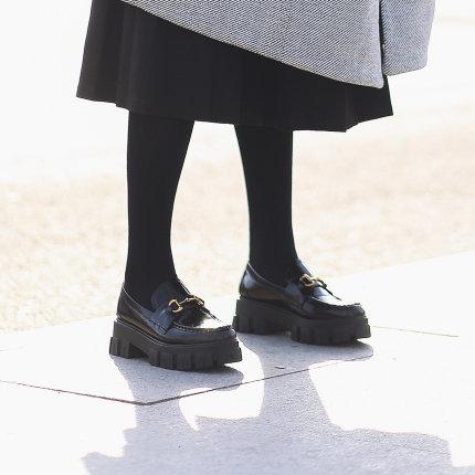 Giày Loafer / giày lười Giày đế xuồng màu đen nữ Jubaili 2020 mùa xuân mới sản phẩm muffin dày đáy g