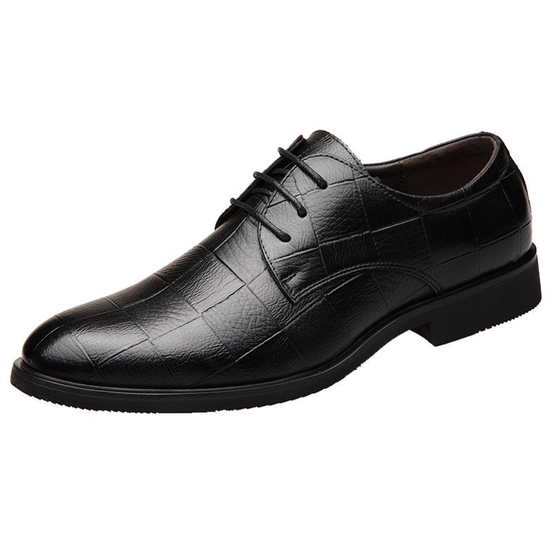 BEILUOMENG Giầy dép Mùa hè nam mới kinh doanh giày da bình thường giày nam giày đơn giày thoáng khí