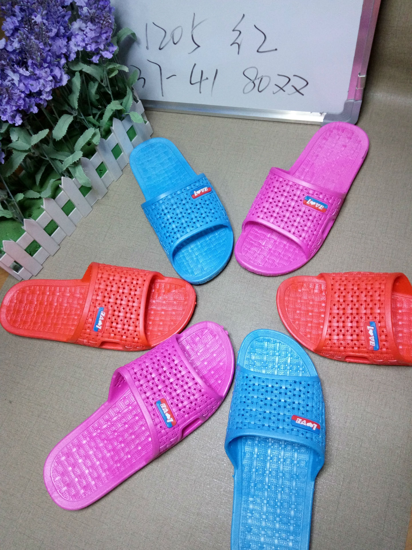 Hàng chính hãng giá gốc  The new Ms. summer home slippers multicolor genuine cheap inflatable bottom