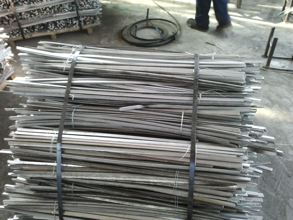 Phế thải kim loại  304 stainless steel scrap factory Direct low-cost high-quality 304 stainless ste
