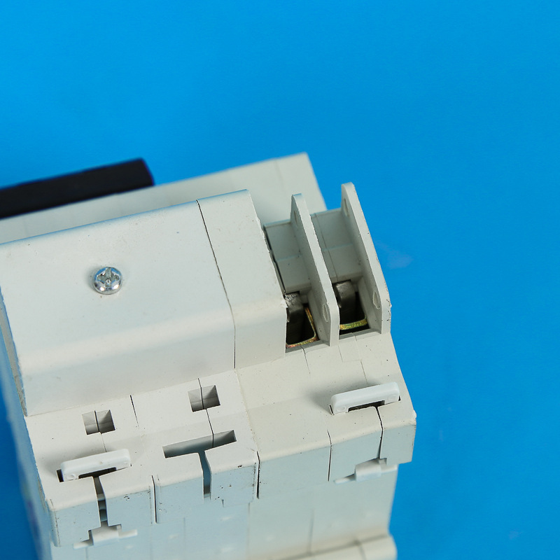 DZ47LE-63 / 2P + N Miniature circuit breaker switch leakage, small leakage protection C45