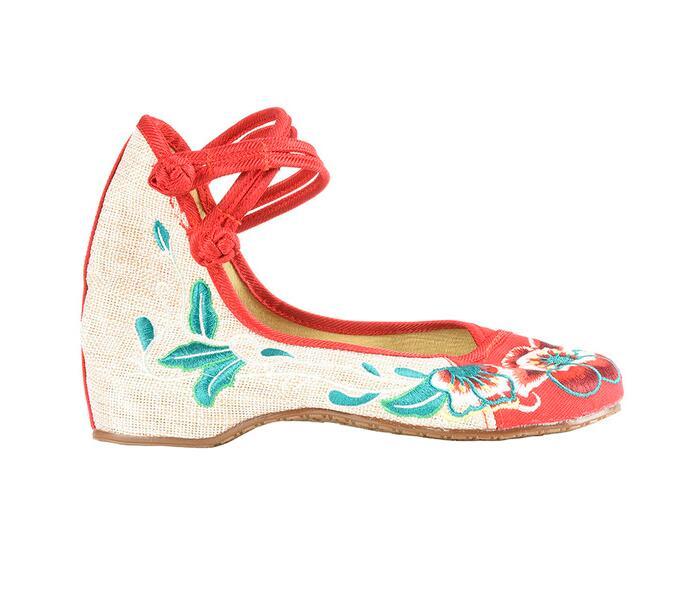 Giày vải thêu họa tiết cổ trang Trung Quốc