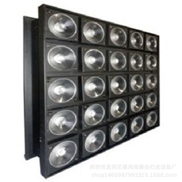 Đèn LED/ ánh sáng đèn sân khấu biểu diễn .