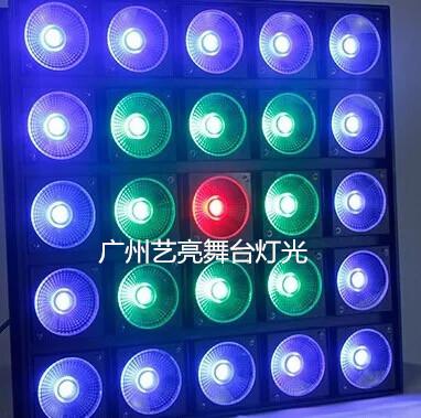 Đèn LED sân khấu 25 bóng 10W .