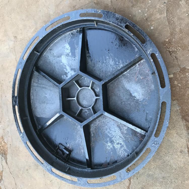 JINWEI Nắp cống Nắp hố ga bằng sắt cống tròn 700 * 800