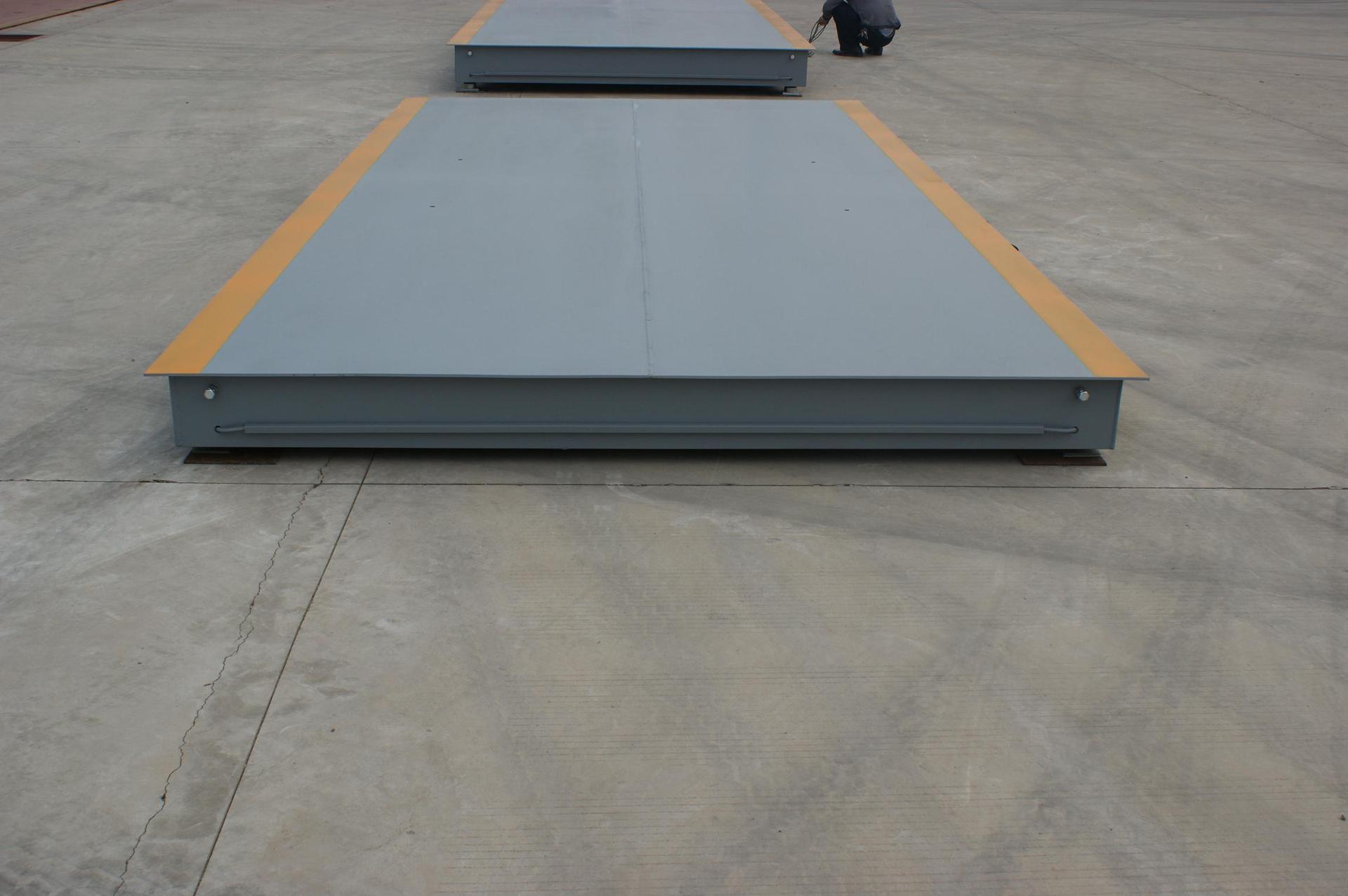 Cân sàn quy mô sàn xe (chiều dài 3-20m chiều rộng 2-5m)
