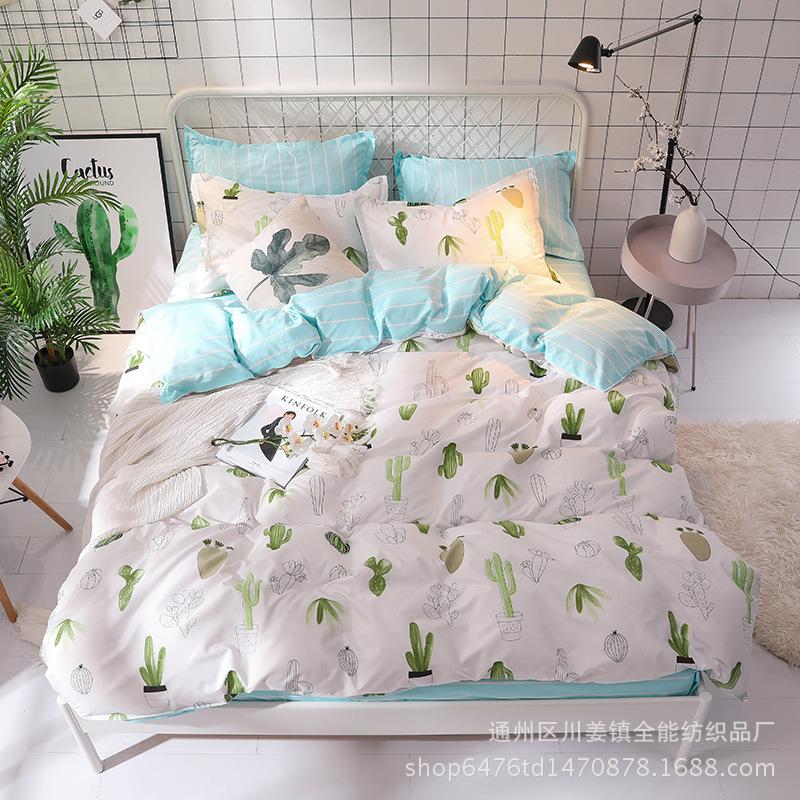 Bộ Drap giường chất liệu cotton họa tiết dễ thương .