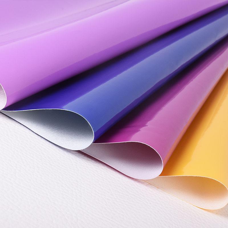 YICHEN Vật liệu da Nhà máy trực tiếp 0,4mm gương da PVC vải da túi vải chất liệu da sáng bóng chất l