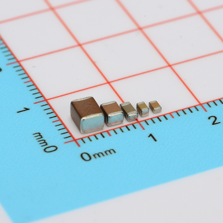 Tụ điện Chip tụ cho Samsung CL31B106KAHNNNE 1206 10UF 25V ± 10% ban đầu bán buôn