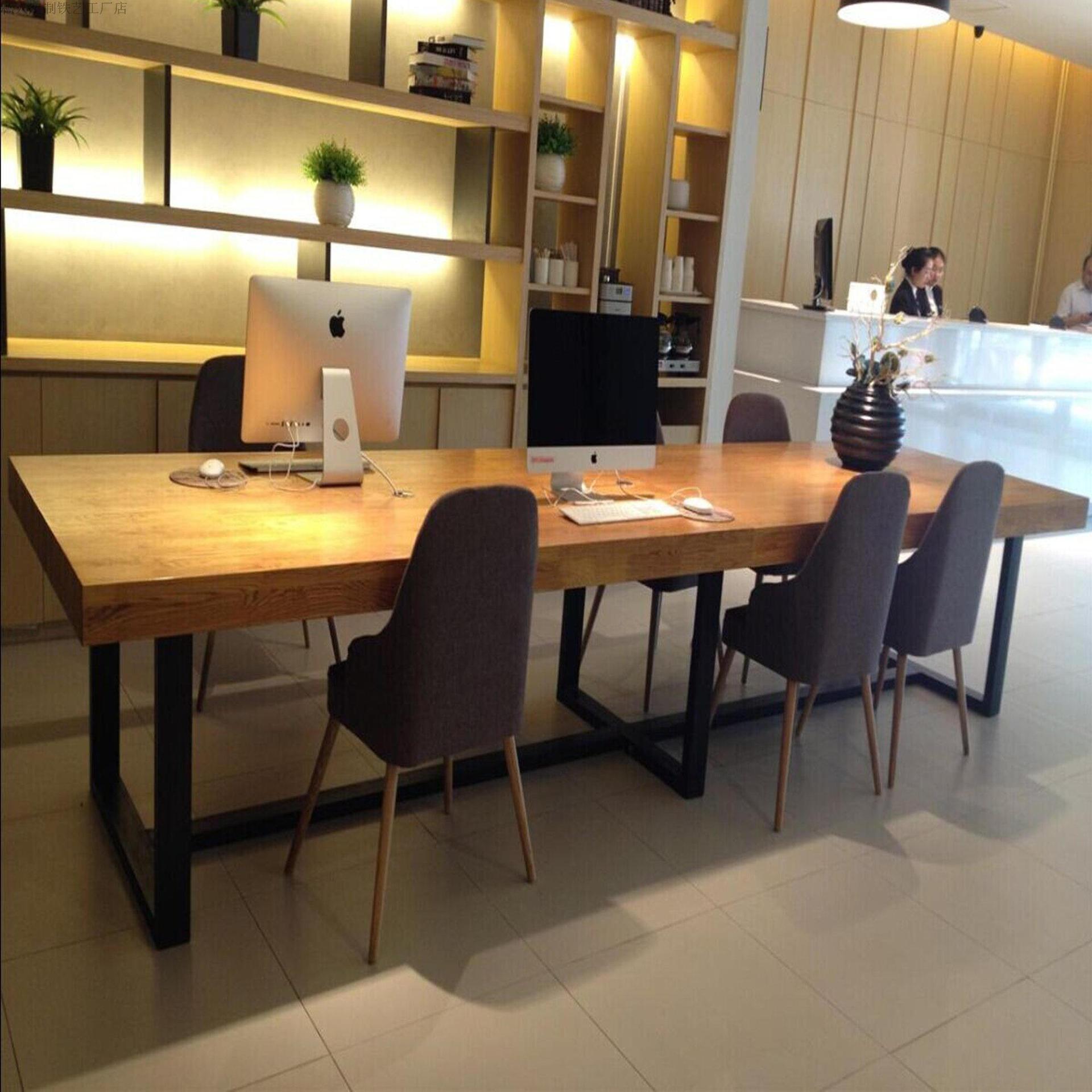 DINGJIANG Thị trường nội thất văn phòng Bàn ghế gỗ rắn Bắc Âu Sáng tạo bàn hội nghị sắt rèn Bàn đào