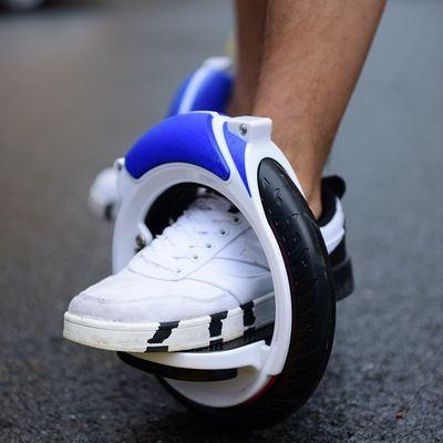 Bánh xe cân bằng hai bánh ván trượt .
